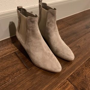 Sam Edelman Booties - Size 9